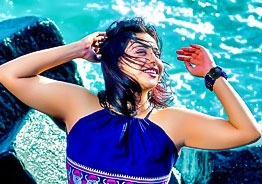 Angamaly Diaries fame Anna Reshma's beach pics wows fans!