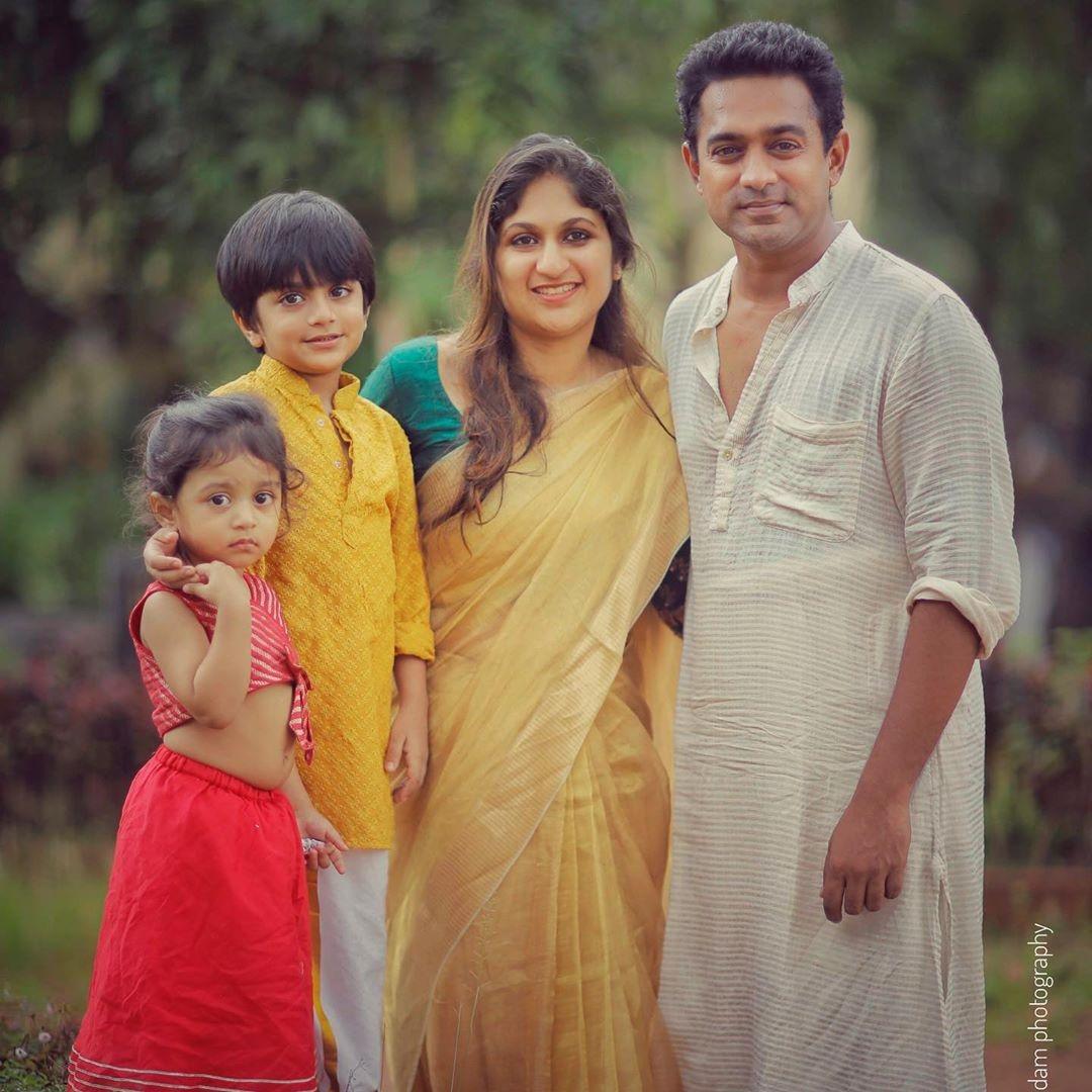 Asif Ali family photos new
