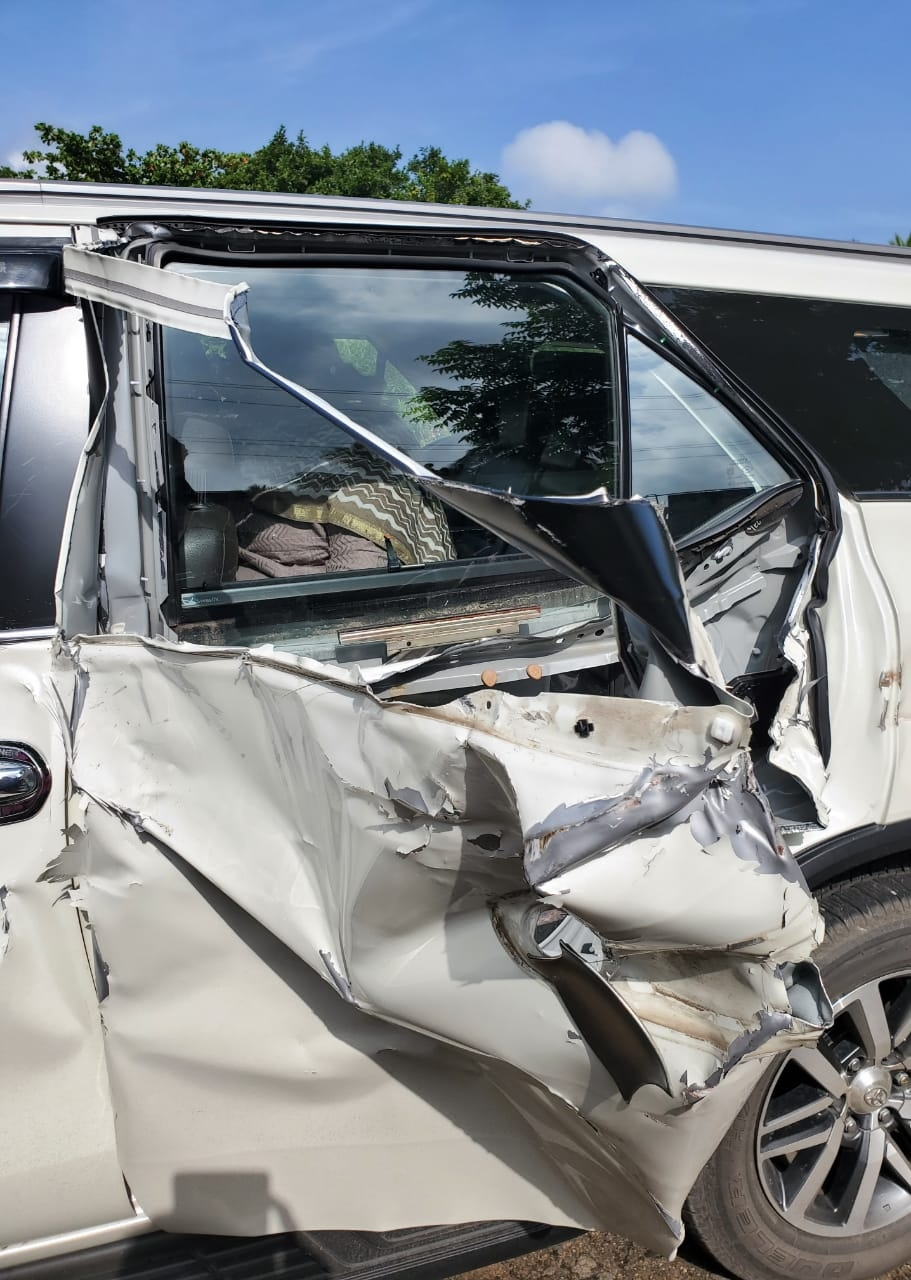 Khushboo car accident new