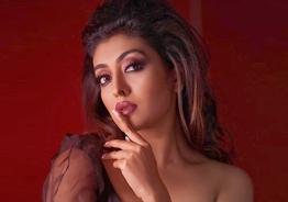Durga Krishna's smoky photoshoot goes viral!