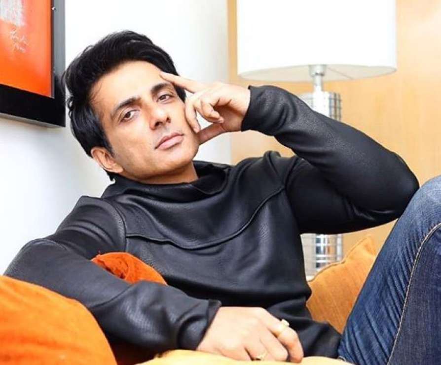 sonu sood migrant workers