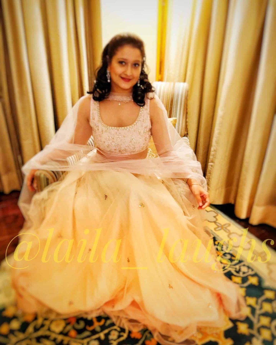 Laila actress new pics