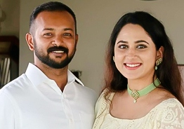 Miya George's engagement pictures are here