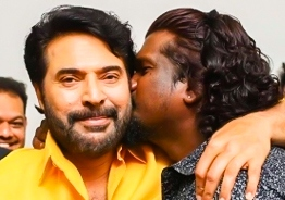 Ajai Vasudev kisses Mammootty at Shylock success meet, VIRAL