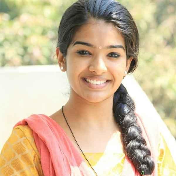 Monisha serial actress corona