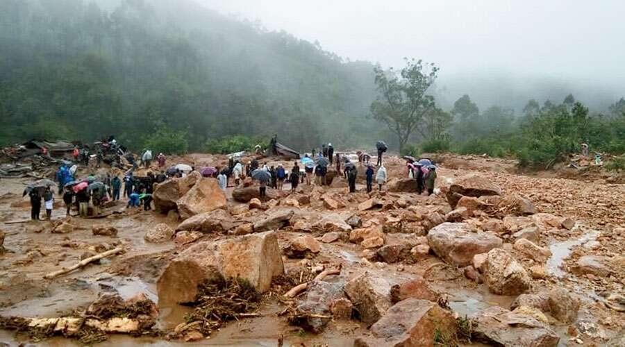 munnar landslide photos 54