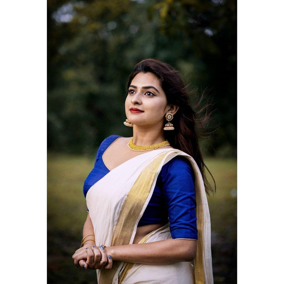 Parvathy Arun photos new