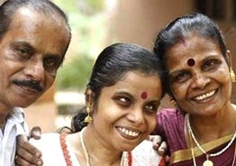 Singer Vaikom Vijayalakshmi's father lashes out!