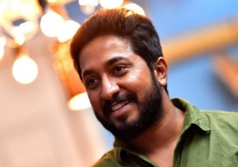 Vineeth Sreenivasan's Next Is 'Manoharam'!