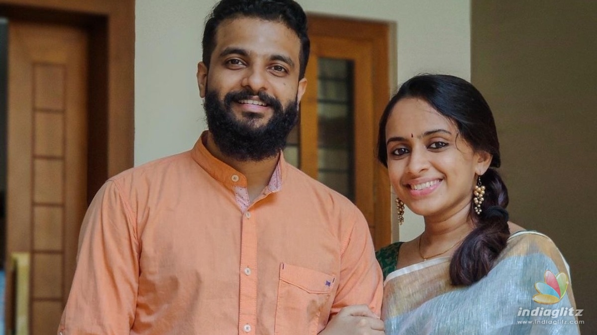 Neeraj Madhav shares a lovely family picture on wedding anniversary!