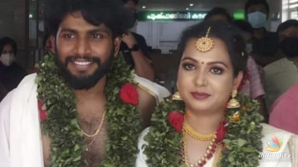 Actor Madhupals daughter enters wedlock
