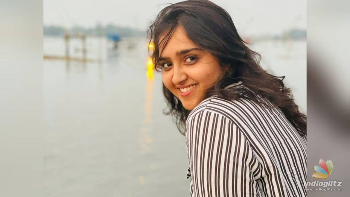 Actress Sanushas vacation pics from Kashmir are too cute to miss!