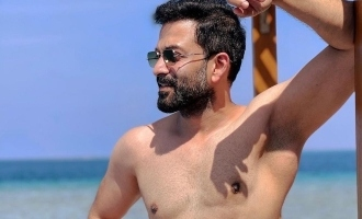 VIRAL: Prithviraj shares a stylish shirtless picture from Maldives