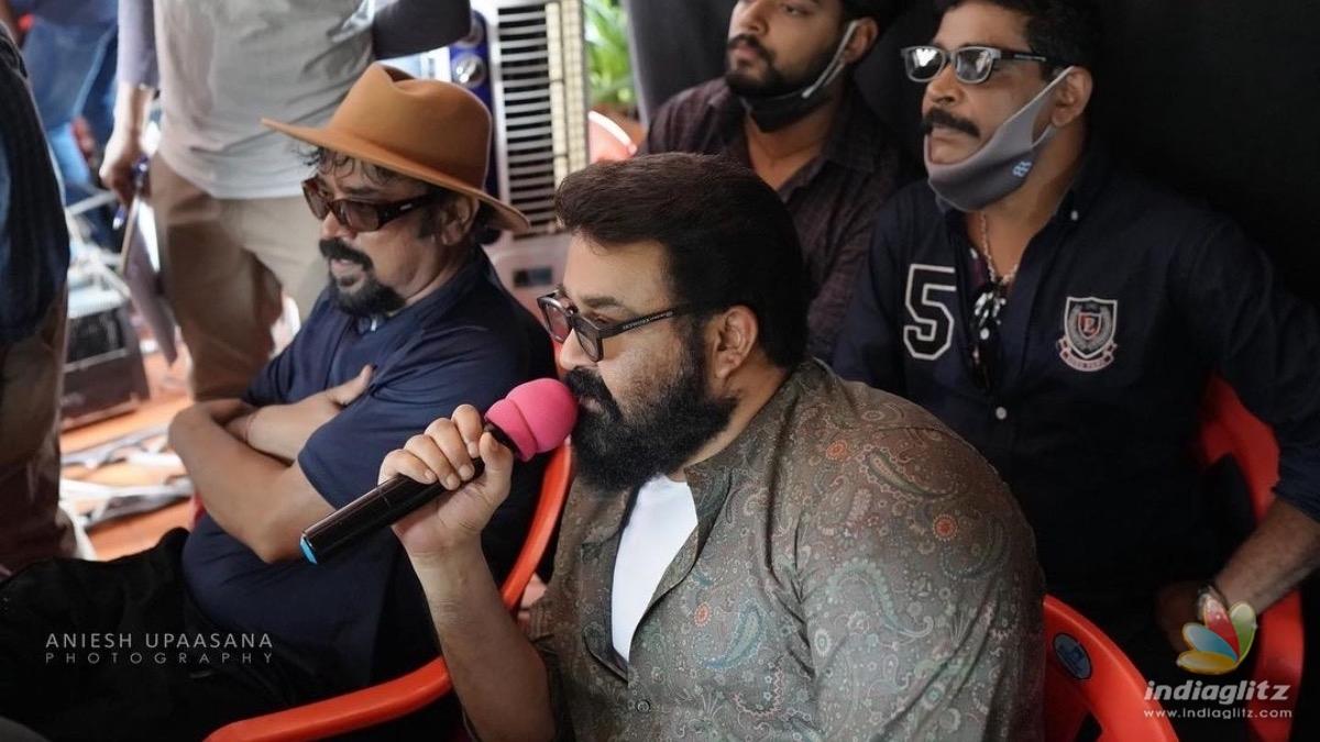 Mohanlals maiden directorial 'Barroz' goes on floors