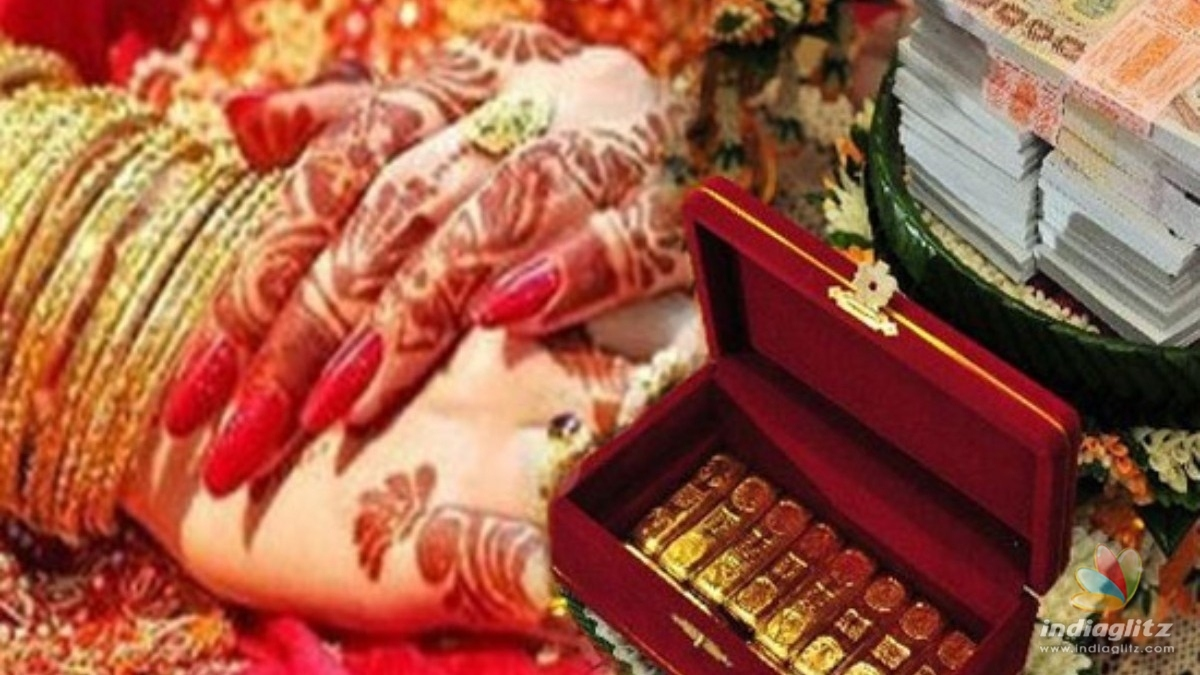 Dowry harrassment: Young techie arrested for torturing and starving his wife