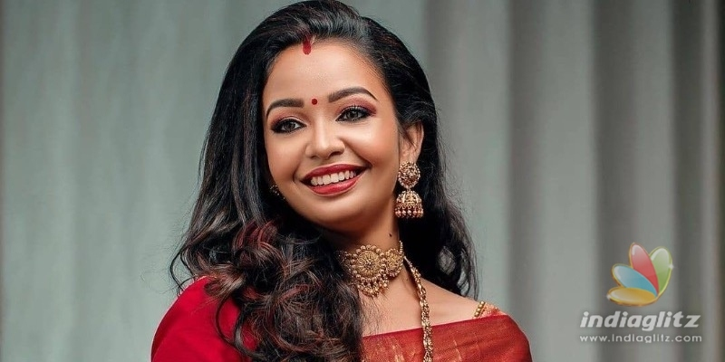 Popular serial actress gets engaged