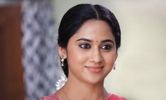 Mia impresses in 'Anarkali'