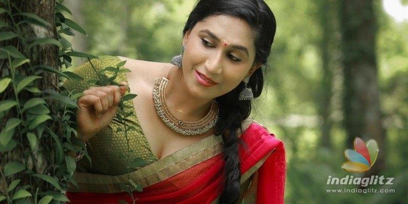 Peranbu actress Anjali Ameers glamorous photoshoot goes VIRAL
