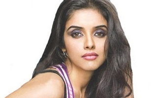 Asin to quit acting