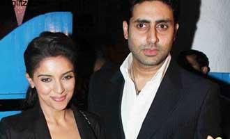 Abhishek Bachchan refers to Asin's staff as Mahila Mandal