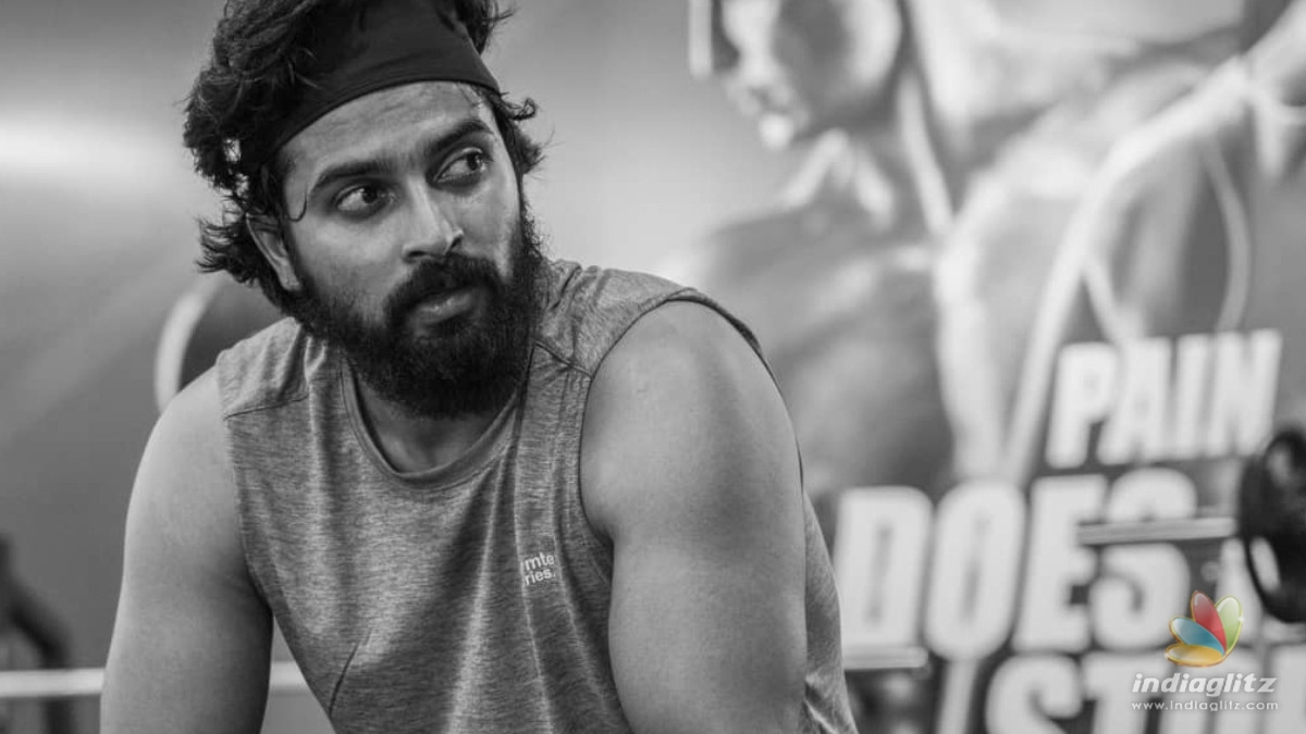 Viral Pics: Dulquer Salmaan and Dev Mohan hit the gym together!