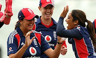 World Womens Cricket Engalnd goes to Final