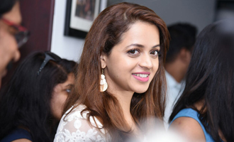 Bhavana at Honey Bee 2 Location Exclusive Gallery