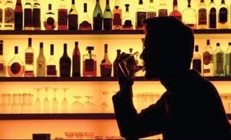 Sell liquor and get gold, says liquor companies