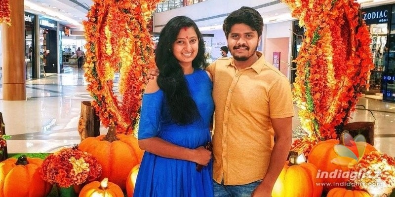 Neelakkuyil serial actress announces her pregnancy