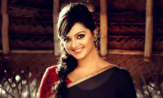 Manju Warrier took to facebook to note a few words about Jayalalitha
