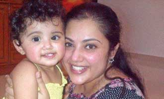 Meena's daughter Nainika makes acting debut
