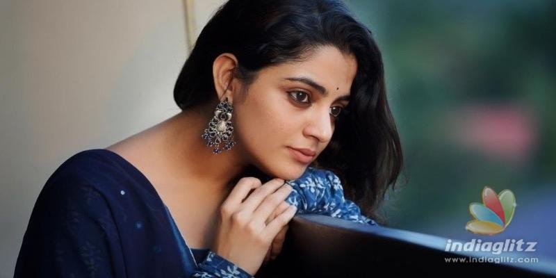 Actress Nikhila Vimals father passed away