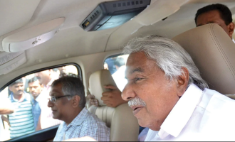 Former Kerala CM Oommen Chandy's car met with an accident