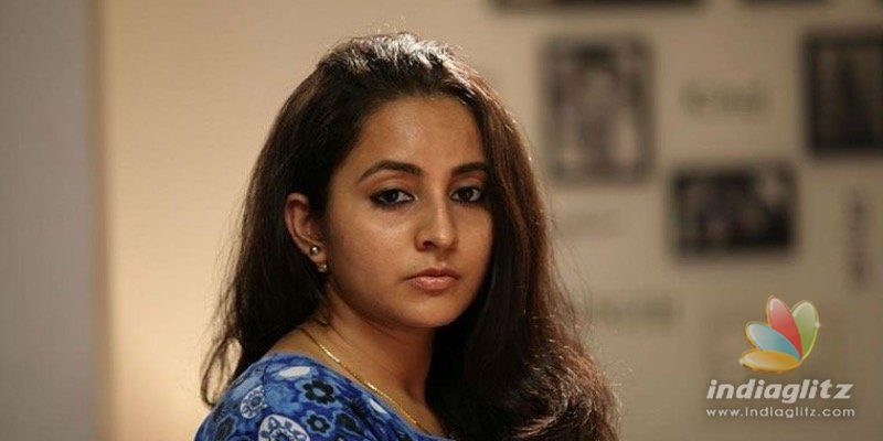 Ramya Nambeesan and Revathy lashes out at actress Bhama