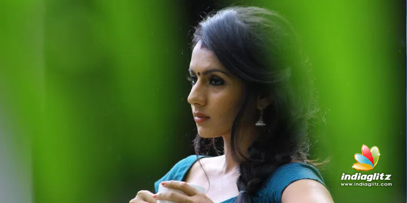 Sruthi Hariharan - Solo