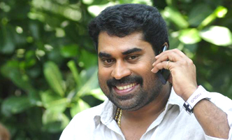 Suraaj Venjaramoodu in a Tamil flick
