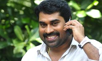 Suraaj Venjaramoodu reacts against taking away Best Comedian Award
