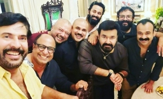 Mammootty-Mohanlal's selfie with stars is VIRAL!