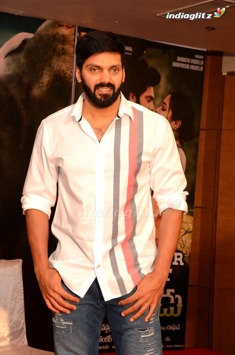 Arya Photos - Tamil Actor photos, images, gallery, stills
