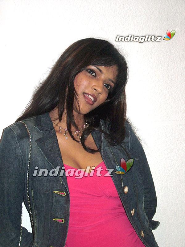 Adhisaya