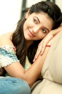 Actress Photos, Images, Gallery and Movie Stills images