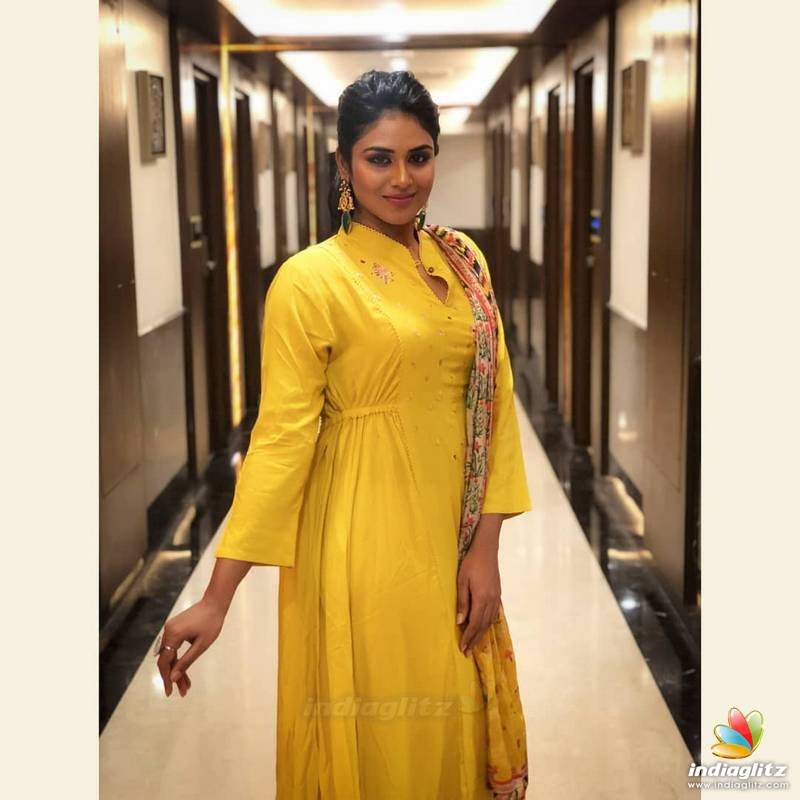 Indhuja Photos - Tamil Actress photos, images, gallery