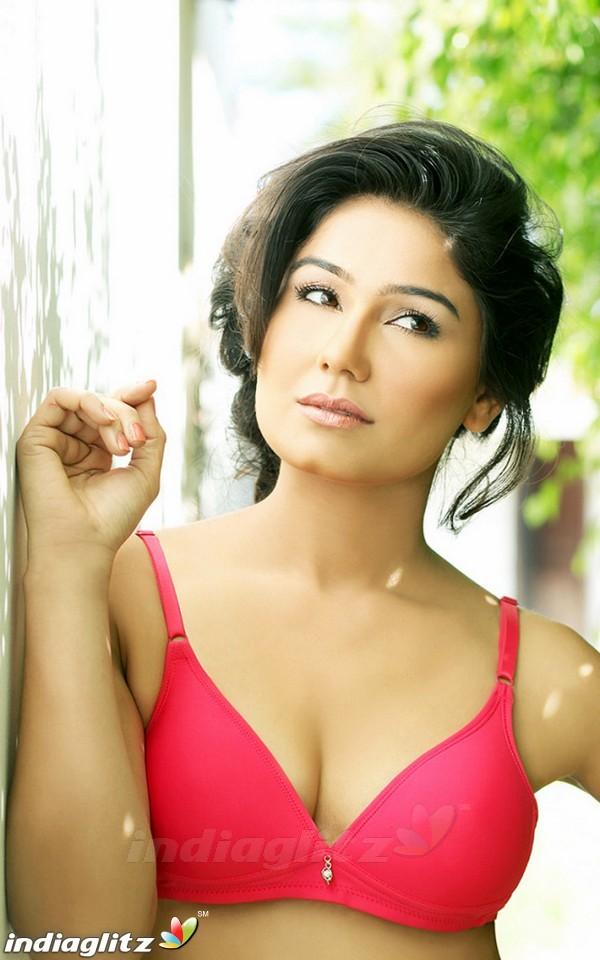 Kangana Sharma