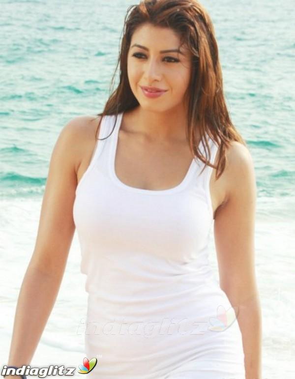 Kriti Kapoor