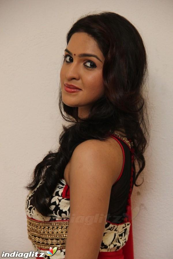 Neha Ratnakaran
