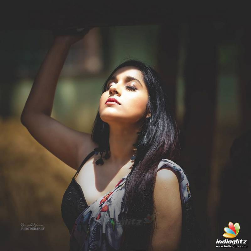 Rashmi Gautam Photos Telugu Actress Photos Images Gallery Stills And Clips Indiaglitz Com Find the perfect rashmi thackeray stock photos and editorial news pictures from getty images. rashmi gautam photos telugu actress