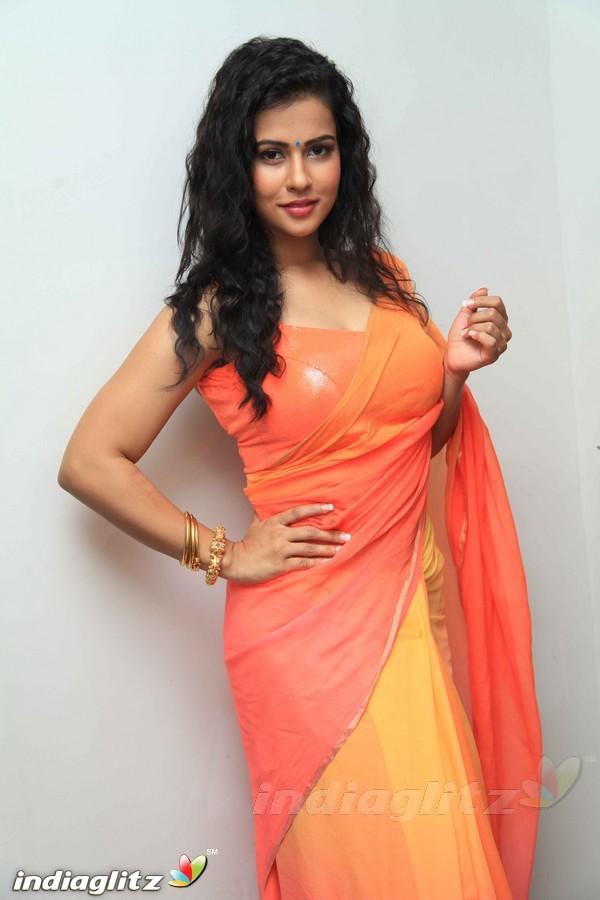 Sharmila Mandre