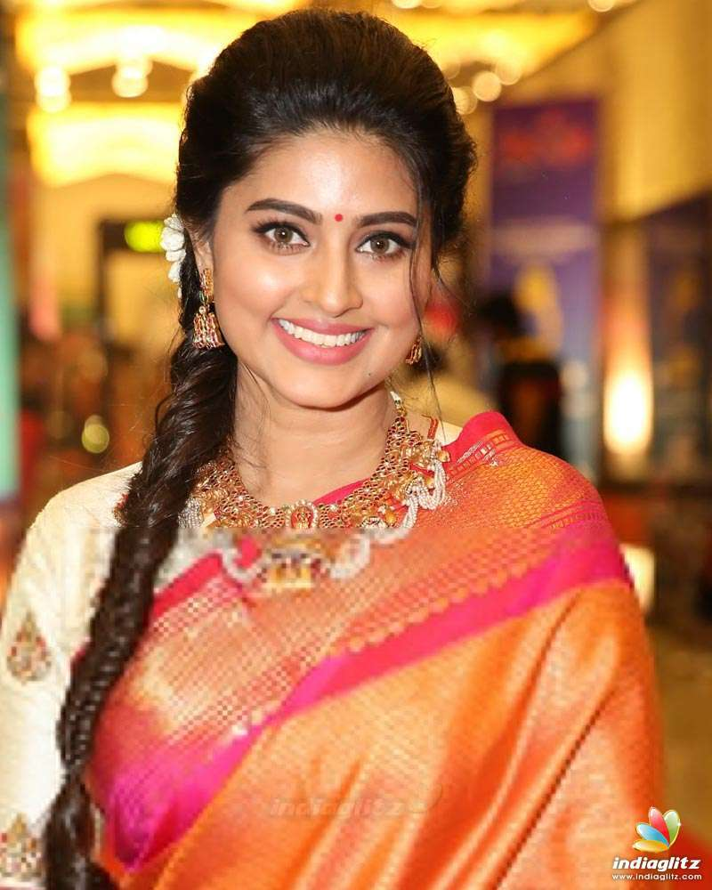 Tamil Actress Photos, Images, Gallery