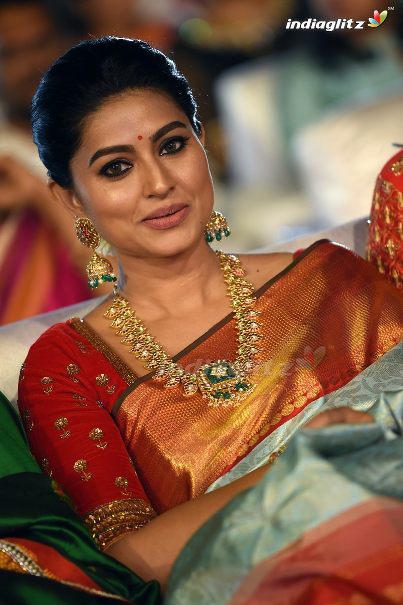 Sneha Photos - Tamil Actress Photos, Images, Gallery -1740