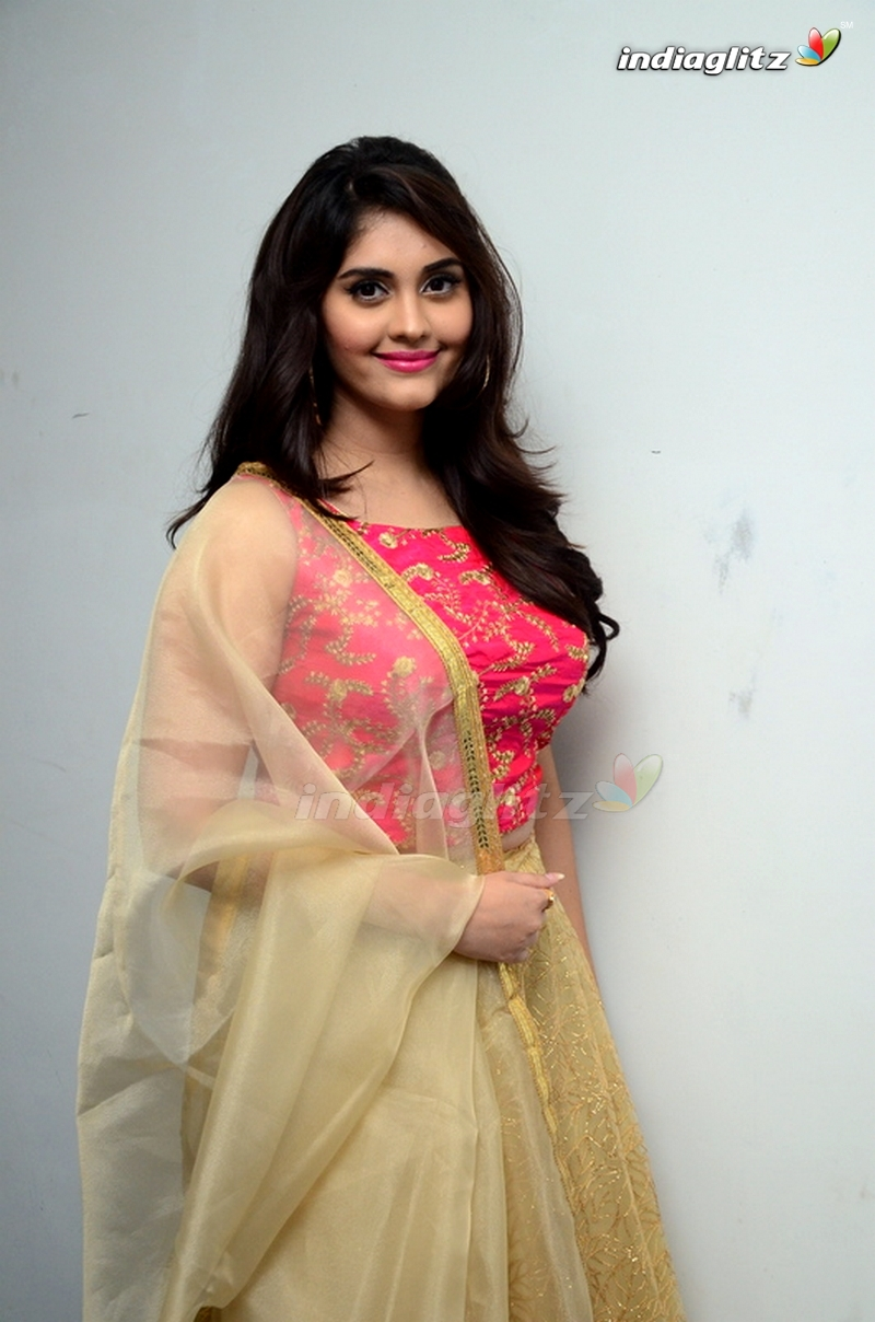 surabhi photos - tamil actress photos, images, gallery, stills and